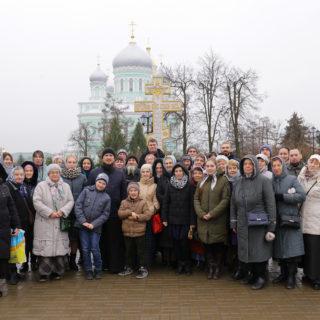 Паломническая поездка в Рождество-Богородичный Санаксарский мужской монастырь и Свято-Троицкий Серафимо-Дивеевский женский монастырь